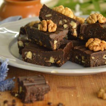 Oreo chocolate walnut dessert